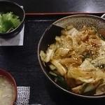 一心 - 豚・キャベツ辛丼 500円