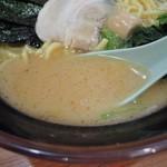 新とんこつ大学 - 醤油ラーメンのスープ