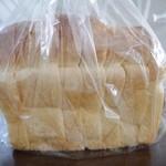 ラスティコ - 山食パン400え~ん