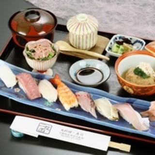 寿司定食…2,160円