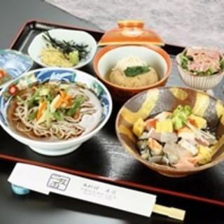 季節の定食…1620円~