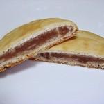 ふじや千舟 - クルミ風味の白餡とクッキー生地が美味しく、洋風の味もしますw