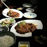 Chanko Dining 若 - ランチのしょうが焼き定食です。
