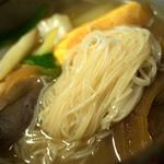 古材の森 - そうめんちりは具沢山で温かい糸島の郷土料理です。