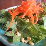 三人灯 - サラダ