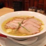 Japanese Soba Noodles 蔦 - 焼豚塩そば
