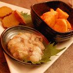 デンズカフェ - 【肴三種盛り】(いぶりがっこ、長いものカクテキ、たこわさ)