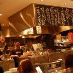 デンズカフェ - デンズのオープンキッチン