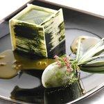 アルテリーベ - お抹茶とパッションのアリアンス、京都のお庭に見立てて