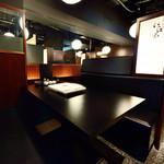 博多もつ鍋 いっぱち - 最大8名様までご利用可能なテーブル席♪