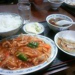 Ikomaken - スブタ定食(880円)です