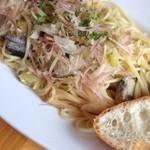 22060591 - 秋刀魚と茄子とミョウガのオイルパスタ