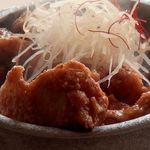 水たき玄海 -  とり南蛮  伊達鶏の唐揚げと南蛮酢が相性抜群の人気者  たちこめる香ばしい香りと音、五感で楽しめます。