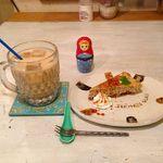 シー・モア・グラス - アールグレイチーズケーキとチャイのケーキセット \840