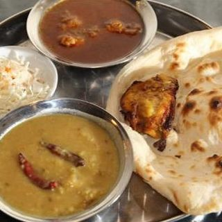 カレーメニューの多いレストラン600種類以上のパキスタン料理