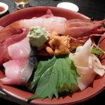 22070347 - 特上海鮮丼