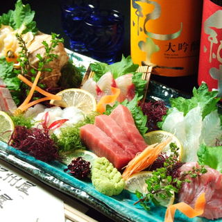 鮮度抜群!地酒と一緒に紀州の美味しい魚をご堪能ください