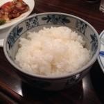 紅亭 - ごはんも炊きた。