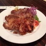 紅亭 - 相方がオーダーした生姜焼。