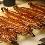 鰻のもり - 料理写真:鰻はアンチエイジ食。健康と美容におススメです。ビタミンとコラーゲンたっぷり!