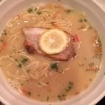 nico - ワイン1時間飲み放題500円とラーメン・つけ麺のお店でハシゴ。  塩ラーメン700円  鶏白湯のスープに太多加水麺。