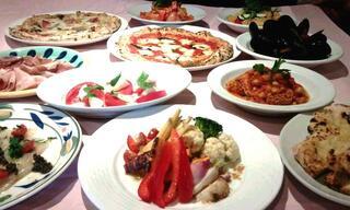 ラ・ベファーナ - パーティー料理一例