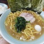 横浜ラーメン はま家 - ラーメンしょうゆとんこつ¥650
