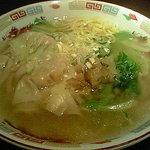 chuukaryourihisuien - 雲呑湯麺(海老ワンタン汁そば)