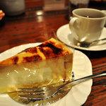 自家焙煎の店 珈琲の辞書 - 珈琲とケーキ