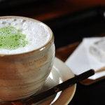 古桑庵 - 抹茶オーレと茶菓子