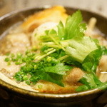 まにわ - 料理写真:煮物:豚肩ロースしゃぶしゃぶと木ノ子 栃尾油揚げの煮おろし小鍋