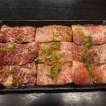 焼肉千里馬 - カルビ三種盛り1200円