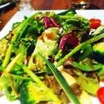 22105136 - サラダ。野菜が新鮮!