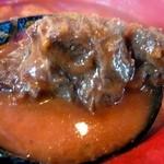 ソーニャ - ボルシチは牛肉を使ってます