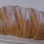 22108231 - 定番商品 お米パン