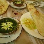 インド料理 ダルバール - ほうれん草カレー