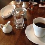 ピリエ - ランチセットのコーヒー。