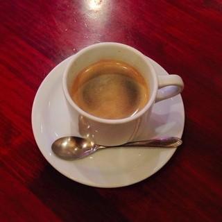 カフェ・ロリータ 代々木店 - アマレットコーヒー。