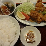 生駒軒 - 若鶏カラ揚(カレー塩付):750円