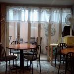 22116707 - 窓際の丸テーブル