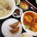 22116990 - エビチリ定食(豚骨ラーメン)