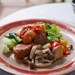 ロプチューティーガーデン八ケ岳 - 料理写真:ロプチューティーガーデン八ヶ岳店 豚肉のパプリカ煮