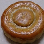 22127006 - 豆沙小月餅