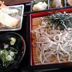 Shiraitoan - そば定食