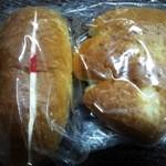 マツオカ - バタークリームパンとジャムパンにしました