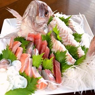 ◆店主厳選の目利きで仕入れる旬のお魚♪