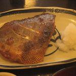 雑魚屋 - 焼魚(つぼ鯛)定食
