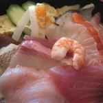 雑魚屋 - ワンコイン海鮮丼
