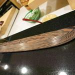 濤﨑 - 鉄刀木で造られた鞘と柄・・・素晴らしいですね
