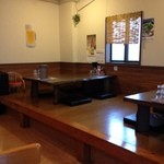 花畑丸福 - テーブル席